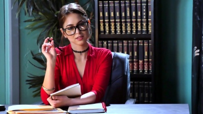 Doctor Riley Reid gives bbc client a wet creamy fucking in her office
