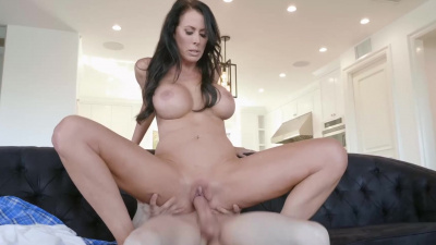 Milf Reagan Foxx get hardly fucked & fed with young man cream