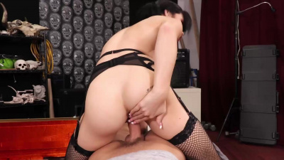 Petite pigtailed fangirl milks the cum with her mouth and pussy