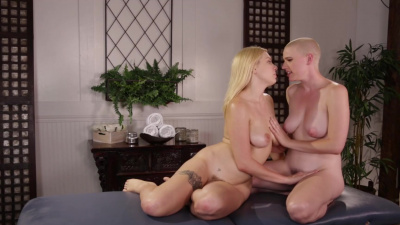 Famous actress Riley Nixon seduced by pretty masseuse Giselle Palmer