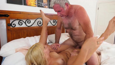 Young blonde Chanel Grey receives old man's jizz all over her face