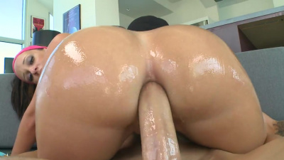 Absolutely flawless Jada Stevens enjoys deep anal with big cock