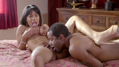Jenna Foxx gives her man a surprise he will never forget