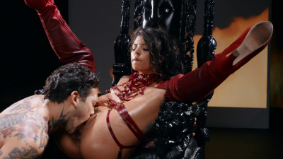 Sexy and seductive Queen of Darkness Gina Valentina unplugs her butt for some fiery anal sex
