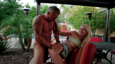 Megan Holly receives creampie from her hung stepdaddy