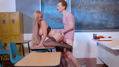 Professor Casca Akashova gives her virgin student a lesson in sex education