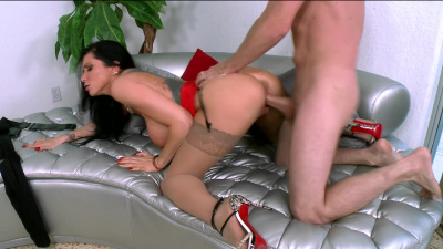 Lady boss Romi Rain has a thing for one of her employees
