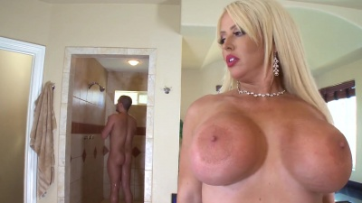 Cougar Alura Jensen in a soapy wet anal fuck in the shower