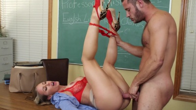 Nicole Aniston fucks with her student til he covers her pussy with cum