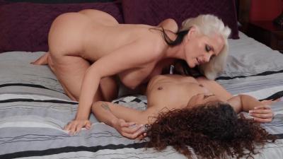 Alena Croft tricks her bff Scarlit Scandal into lesbian sex