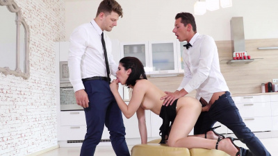 Lady Dee spent a quiet afternoon double penetrated by lovers