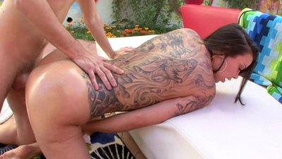 Fine babe Sophia Santi makes a guy bust like he's never done it before