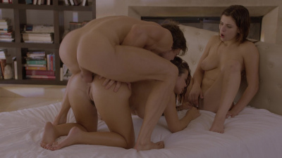 Leah Gotti and Keisha Grey bonds over anal threesome