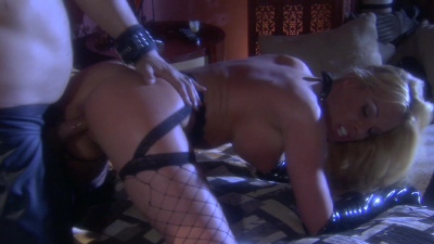 Dominatrix Nicole Sheridan using her sex slave